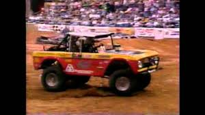 Pro Arena Trucks Beaumont Texas - YouTube