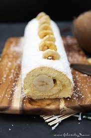 einfaches tortenrezept bananen kokos biskuitrolle mit