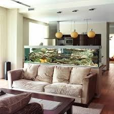 wundervolles küchendesign mit aquarium das den ozean mit