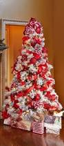 Snowy Dunhill Christmas Trees by Best 25 Best Artificial Christmas Trees Ideas On Pinterest
