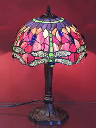 Tiffany Style Lamp Shades by Elegant Tiffany Style Dragonfly Memory Lamp With Mesmerizing Colors