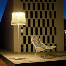 Wind Outdoor Floor Lamp Vibia
