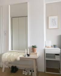 schlafzimmer bank spiegel ikea parkett renovie