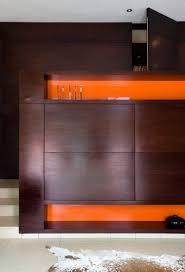 modernes wohnzimmer einbauschrank aus bild kaufen