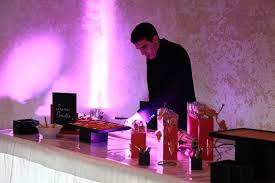 cuisine et spectacle traiteur pour cocktails d entreprises en bretagne