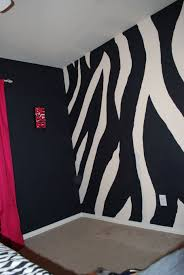 Zebra Decor For Bedroom by Best 25 Zebra Print Rooms Ideas On Pinterest Zebra Print