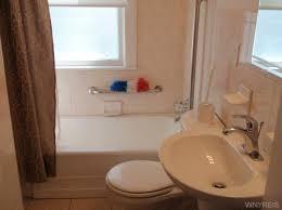 Bathroom Refinishing Buffalo Ny by 119 Crestwood Avenue Buffalo Ny Mls B473414 New York State