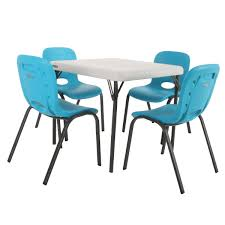 Lifetime Kids Table With 4 Blue Chairs