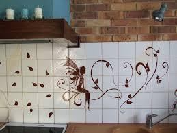 peinture sur carrelage cuisine peinture carrelage cuisine photo de peinture décorative le