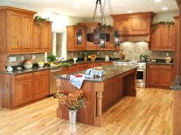 Fascinating Kitchen Ideas With Oak Cabinets Oak Cabinets Honey Oak