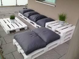 fabrication d un canapé d un canapé en palette