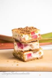 gesunder rhabarber quark käsekuchen mit streuseln süße