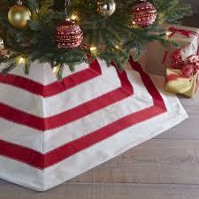 Flagrant Dwellstudio Hex Tree Skirt Reviews In Christmas