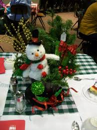 Frosty Snowman Christmas Tree by Michigan Cottage Cook Centerpiece Ideas For Fall And Christmas From