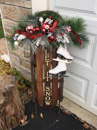 Primitive Decorating Ideas For Outside by 25 Unique Sled Decor Ideas On Pinterest Christmas Sled Sled