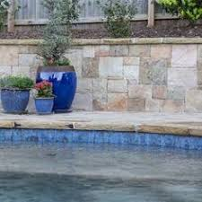 Npt Pool Tile Palm Desert by Note No Grout Between Kristen Likes This Durango Travertine