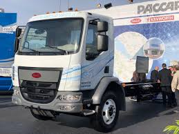 100 Peterbilt Trucks Pictures Unveils 220EV Mediumduty Electric Truck At CES Medium