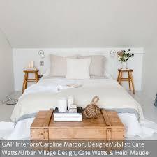 eine clevere lösung für das dachzimmer minimalistisches