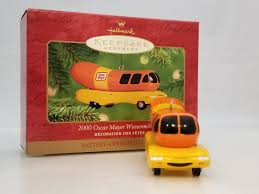 Hallmark Keepsake Ornament 2001 Oscar Mayer Wienermobile | EBay Oscar Mayer Hotdogger Reveal What Its Really Like To Drive The Relish These 5 Fun Facts About Wienermobile As It Pays Omaha A Wienermobile Hashtag On Twitter Celebrates Hot Dog Princess During Crashes In Pennsylvania Abc13com 2012 3d Model Hum3d Makes 4 Stops Se Wi Cluding 2014 First Vehicle For Lease Exclusively The Spotted Nashville Tn Mind Over Motor