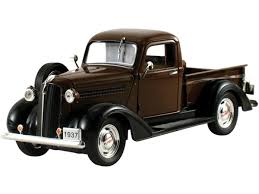 100 1937 Plymouth Truck 132 Scale Pickup Diecast Model 32390BROWN Free