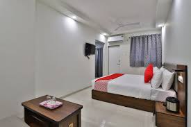 100 Crystal Point Apartments OYO 30641 Crystal Service Apartments OYO Rooms Surat Book