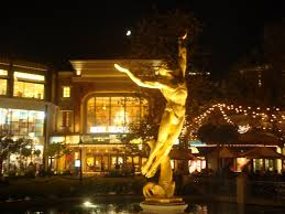 Christmas Time, Glendale Americana, Glendale California | Mapio.net Why Portlandthemed Businses Are Big In Japan Atlas Obscura New York Citys 20 Best Ipdently Owned Bookstores Mapped Summer Memories At Barnes Noble A Quick Look The Americana Gndale California Youtube Maybelline Story Blog Maybelline Story Meets Zorba Greeks Dtown Shopping The Brand And This Moms Gonna Snap Age Of Melissius Living Blessed Life In Colorado
