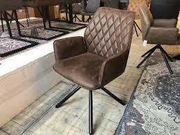 stuhl braun mit armlehne stuhl gepolstert braun 90 drehbar