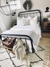 100 Modern Chic Decor Licious Farmhouse Bedroom Ideas Pictures Style Fascinating