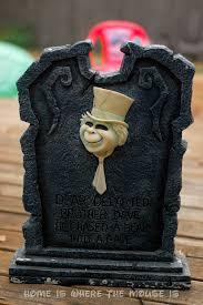 Funny Halloween Tombstones Epitaphs by 13 Disney Nights Of Halloween 10 Diy Disney Villain Tombstone