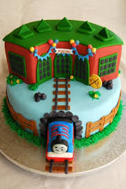 Thomas Tidmouth Sheds Instructions by Thomas The Train Round House Cake Tidmouth Sheds W Name Banner