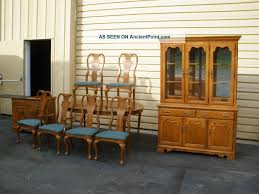 48685 Thomasville Oak Dining Room Set China Cabinet Table 6 Chairs Post 1950 Photo