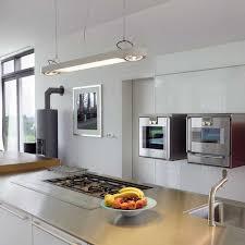 amenagement cuisine rectangulaire amenagement cuisine rectangulaire 2017 avec cuisine taupe et bois