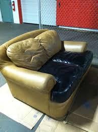 teindre canapé teinture vinyle en aérosol teindre un canapé en skaï ou