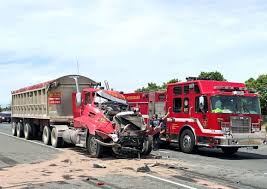 One Man Killed In Hwy. 401 Collision Involving Transport Trucks ...