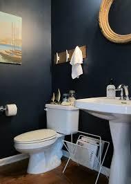 Half Bath Bathroom Decorating Ideas by Best 25 Navy Bathroom Decor Ideas On Pinterest Toilet Room