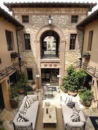Courtyard Italian Villa Style Home Homes Mediterranean Amp