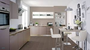 peinture tendance cuisine peinture tendance cuisine cuisine taupe et blanc chambre a