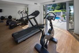salle de fitness et sauna