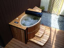 Portable Bathtub For Adults Canada by Tiny 2 Person Tub Fits In A Pick Up Truck Plugs In To A