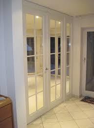 nachbau einer zweiflügeligen zimmertür mit seitlicher