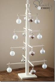 10 DIY Wooden Ornament Tree