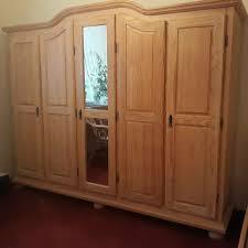 schlafzimmer komplett kleiderschrank und bett im landhausstil