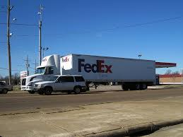 File:FedEx Semi Truck Memphis TN 2013-02-02 003.jpg - Wikimedia Commons