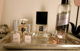 I Love To Display Perfume On A Tray Its Feminine And The Bottles Look Even Prettier When Reflected Off Shiny Surface