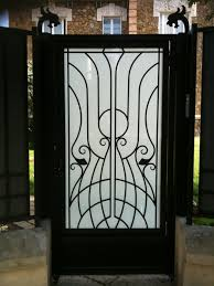 iron gate déco photo 3 wrought iron gate door wrought