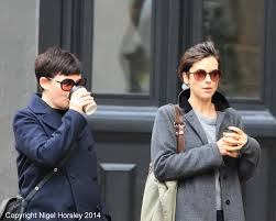 amelia warner and ginnifer goodwin u2013 baby clothes shopping