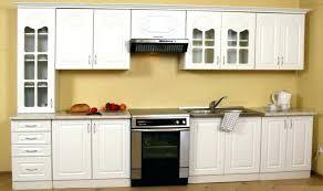 grand classique cuisine la cuisine classique cuisine blanche classique avec des id es int