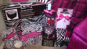 Appealing Hot Pink Zebra Room Ideas Pictures Decoration