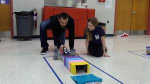 Yankees' Aaron Boone Uses Hess Toy Truck To Help Teach Smithtown ...