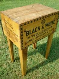Wooden Shipping Crate Tables Artist JR Bennett From Tennessee Based Modern Arks Takes Early American